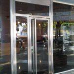 carpinteria metálica para marcos de puertas